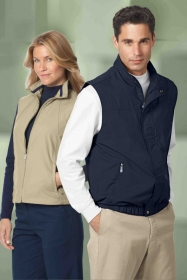 Promotional products: LADIES' FULL-ZIP LIGHTWEIGHT WINDVEST