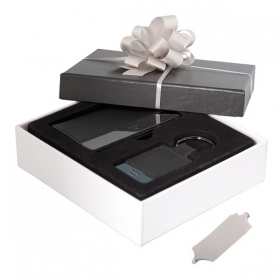 Promotional products: CARD AND KEY HOLDER GIFT SET