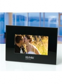 """Promotional products: Insignia 7"""" Digital Frame"""